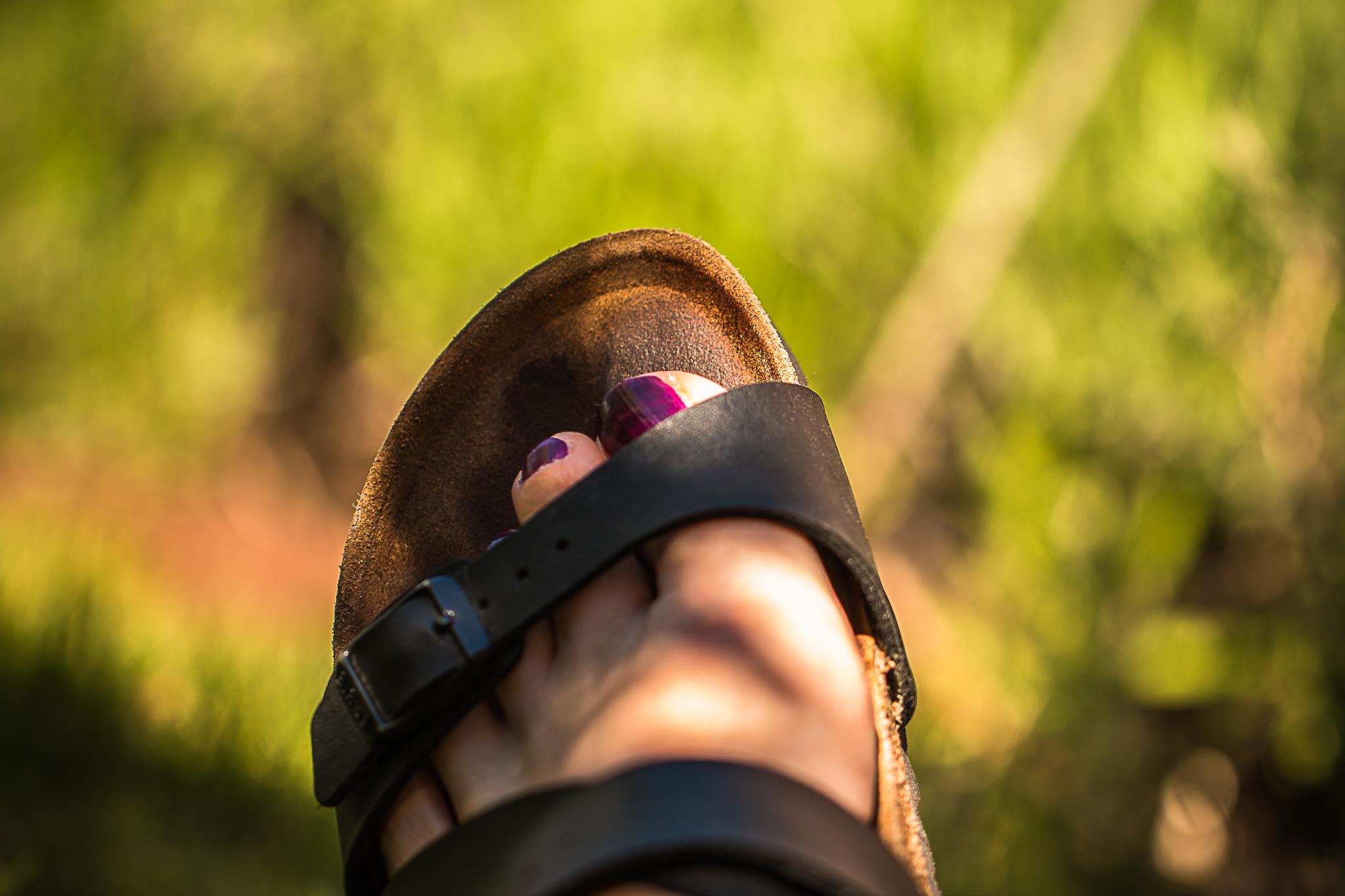 Fot i sandal-1423